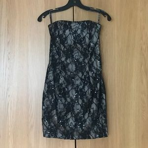 Jessica McClintock Strapless Lace Minidress